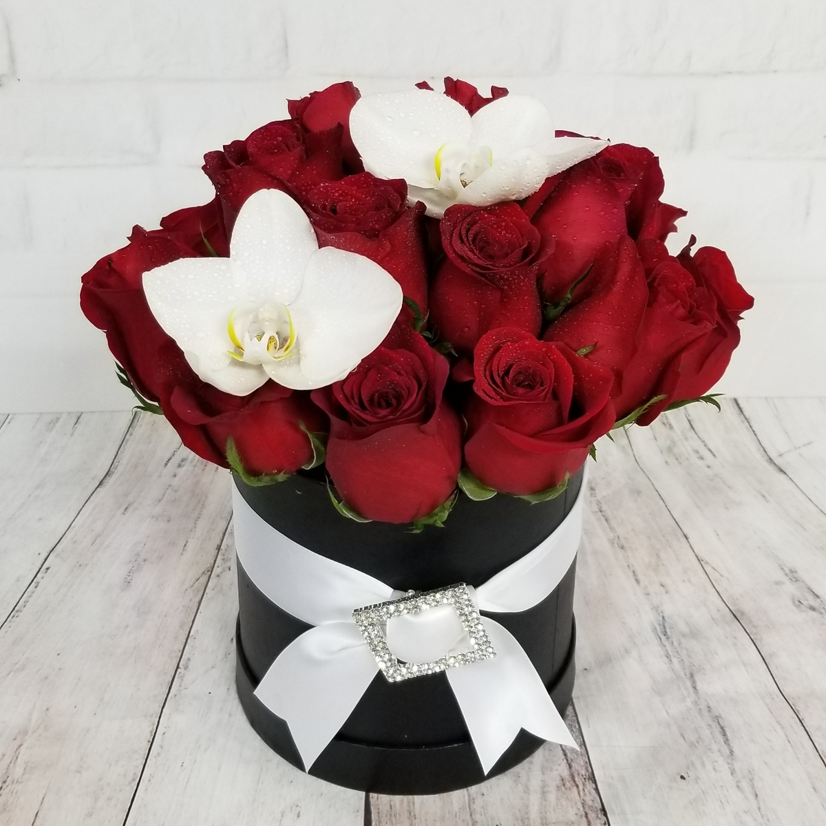 Voted best florist and flower shop in las vegas by readers of las parisian fleur box collection black box w red roses izmirmasajfo